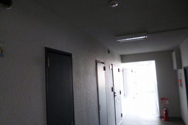 大阪府大阪市中央区 マンション 廊下塗装 (13)