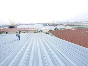大きな屋根と広い空! (1)